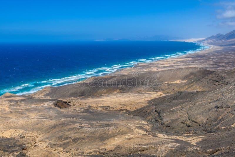 Vista aerea della spiaggia di Cofete a Fuerteventura, Spagna fotografia stock