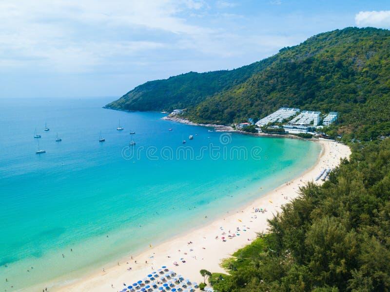 Vista aerea della spiaggia Phuket di Nai Harn immagine stock libera da diritti