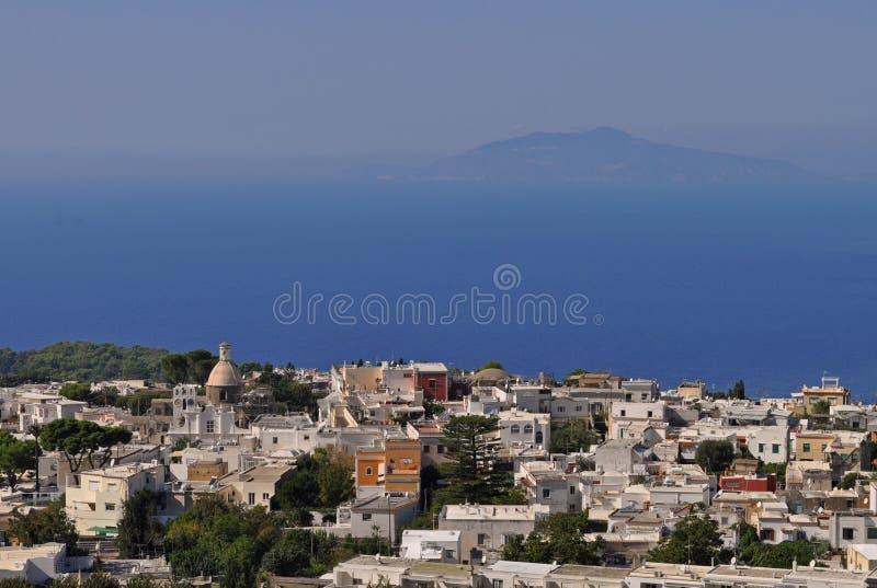 Vista aerea di Anacapri e del mar Mediterraneo fotografia stock