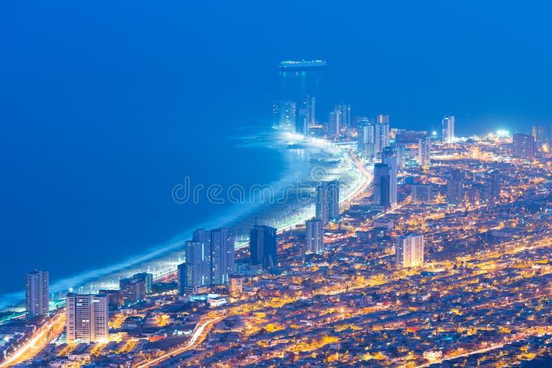 Vista aerea di città portuale di Iquique nel Cile immagine stock