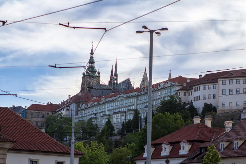 Vista aerea di Città Vecchia e della cattedrale del ` s di Vitus del san in Prag fotografia stock