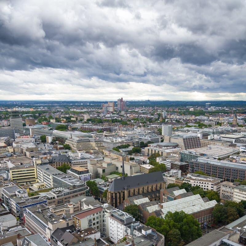 Vista aerea di Colonia dal punto di vista della cattedrale di Colonia fotografia stock libera da diritti