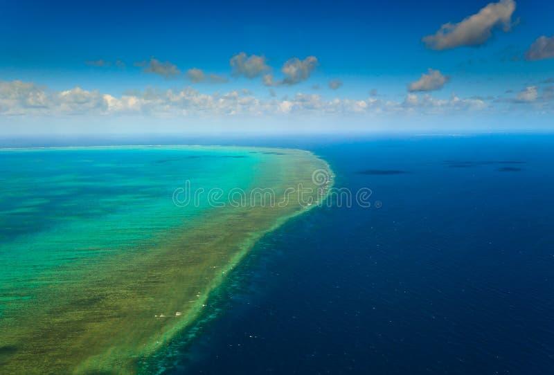 Vista aerea di grande scogliera di barriera Australia fotografia stock