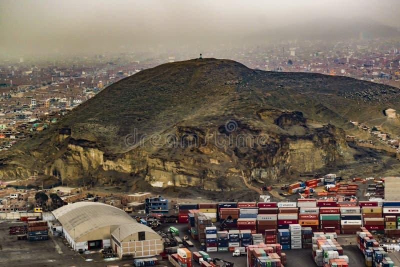 Vista aerea di Lima Outskirt, Perù fotografie stock libere da diritti