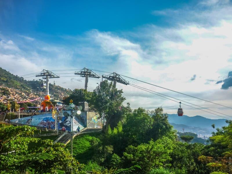 Vista aerea di Medellin dalla teleferica fotografie stock libere da diritti