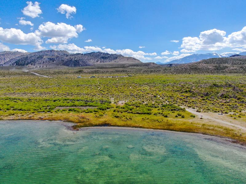 Vista aerea di mono lago fotografia stock libera da diritti