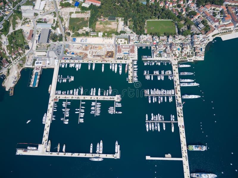 Vista aerea di Oporto Montenegro Città di Teodo immagini stock