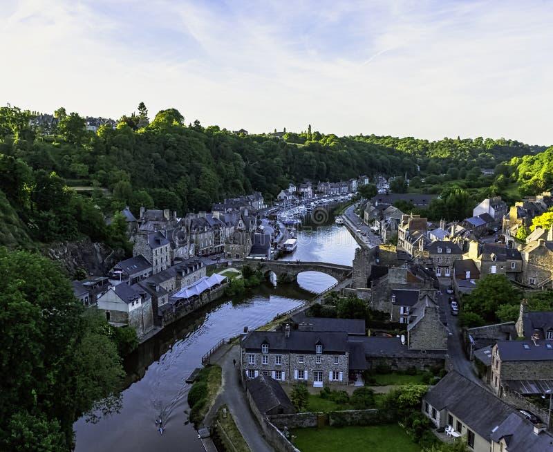 Vista aerea di porta di Dinan - Dinan, Francia fotografia stock libera da diritti