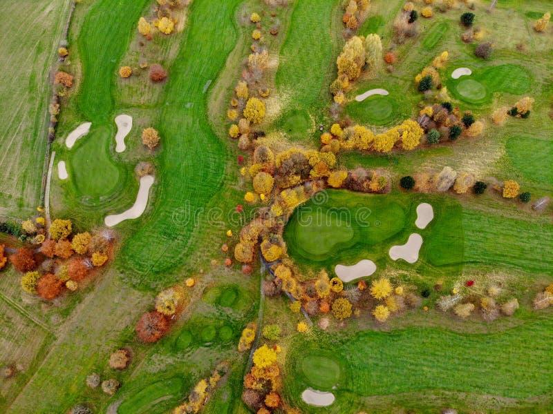 Vista aerea di un terreno da golf immagine stock