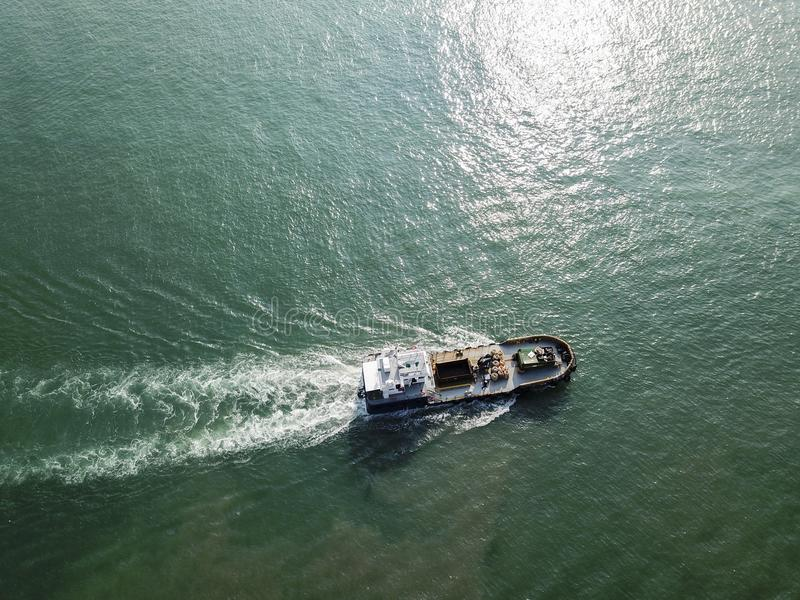 Vista aerea di una barca al parco della costa ovest, Singapore immagini stock
