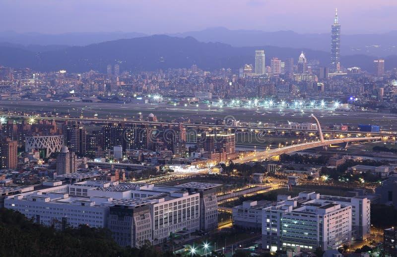 Vista aerea panoramica della città occupata di Taipei immagini stock libere da diritti