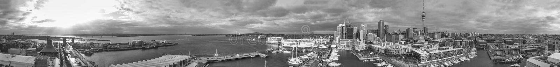 Vista aerea panoramica di Auckland dall'elicottero, Nuova Zelanda immagini stock libere da diritti