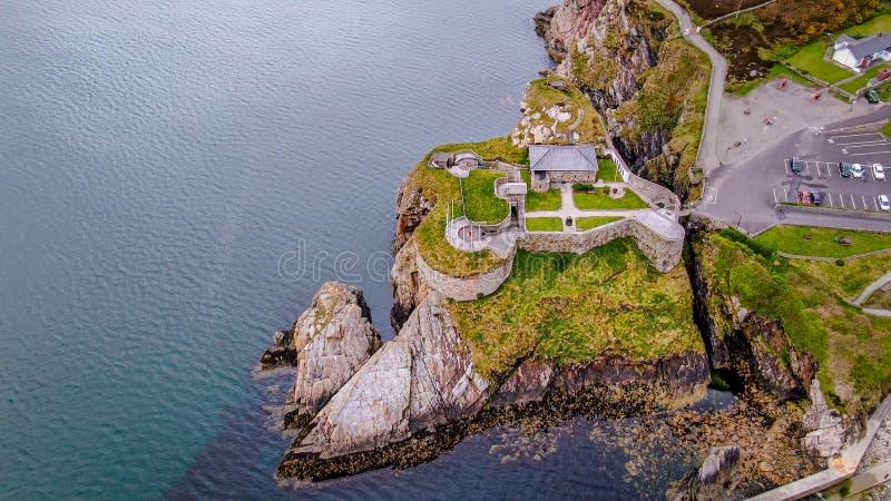 Vista aerea sopra Dunree forte in Irlanda immagine stock