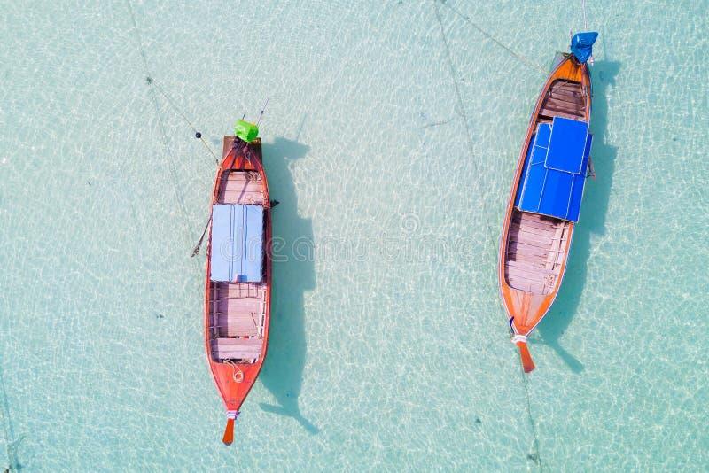 Vista aerea sopra il gruppo di crogioli di coda lunga, vista superiore dal fuco, K fotografia stock