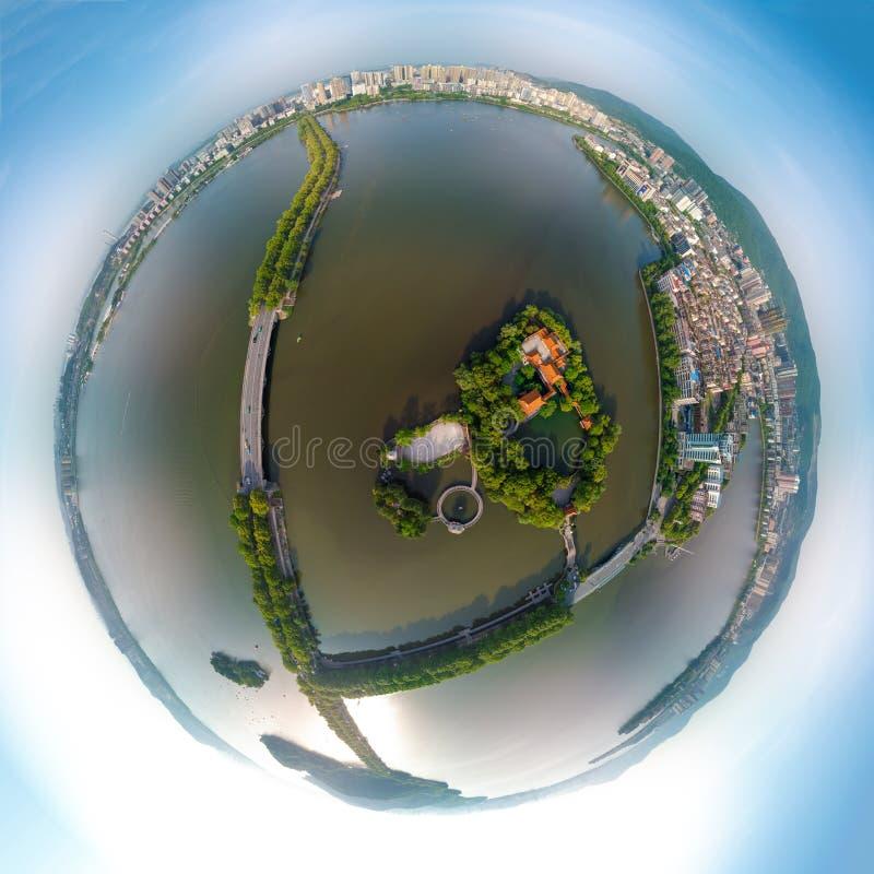 Vista aerea sopra il parco del lago ci in primavera, Huangshi, Hubei, Cina fotografia stock libera da diritti