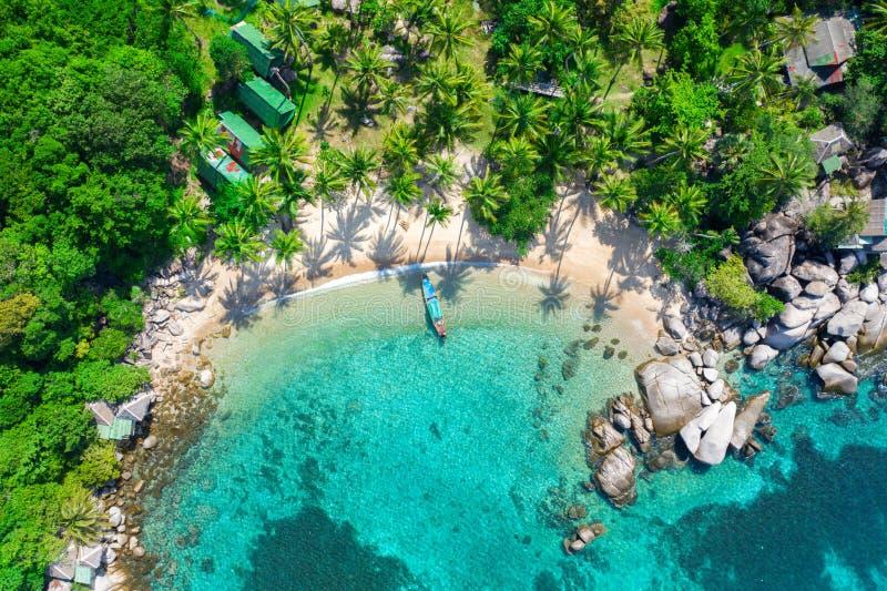 Vista aerea spiaggia tropicale Sai Nuan, koh Tao, Thailandia fotografia stock