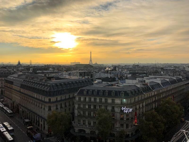 Vista aerea sul grande magazzino di Galeries Lafayette Parigi fotografia stock libera da diritti