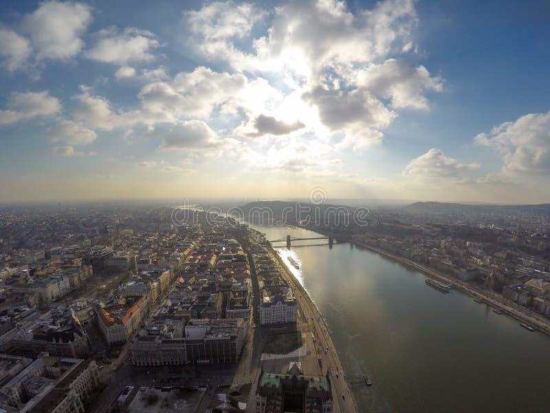 Vista aerea sul ponte a catena a Budapest fotografia stock