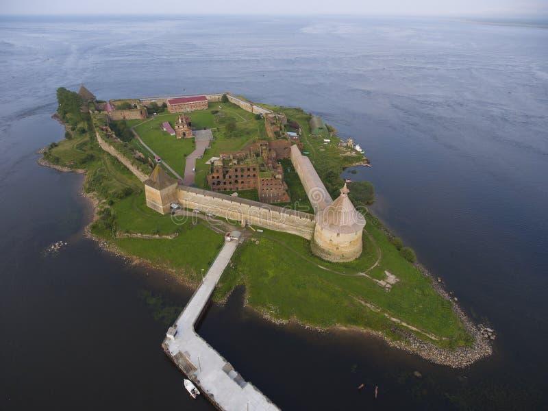 Vista aerea sulla fortezza Oreshek sull'isola immagine stock
