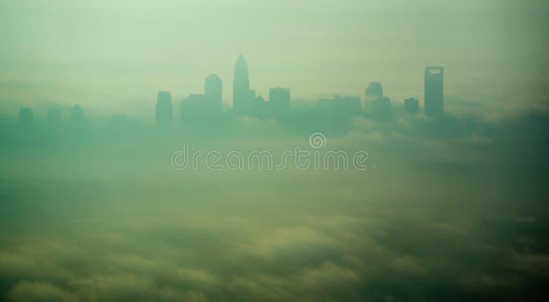 Vista aerea in Th che emorning all'alba sopra il canto natalizio del nord di Charlotte fotografie stock