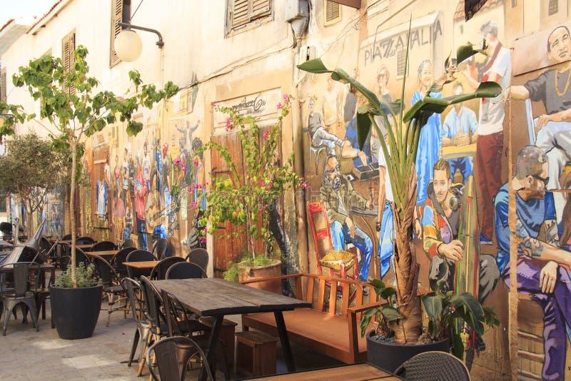 Vista agradable de los edificios históricos y de los cafés en el centro de Nicosia, Chipre imagen de archivo libre de regalías