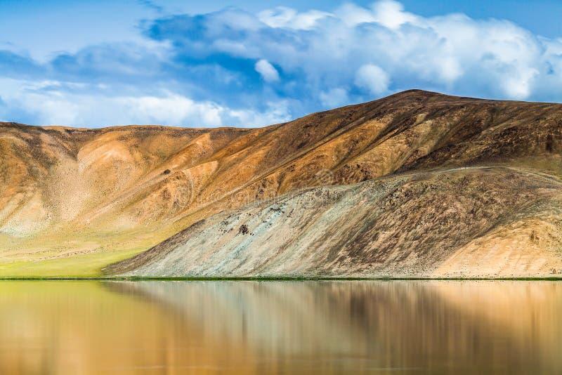 Vista agradable de Pamir en Tayikistán imagenes de archivo