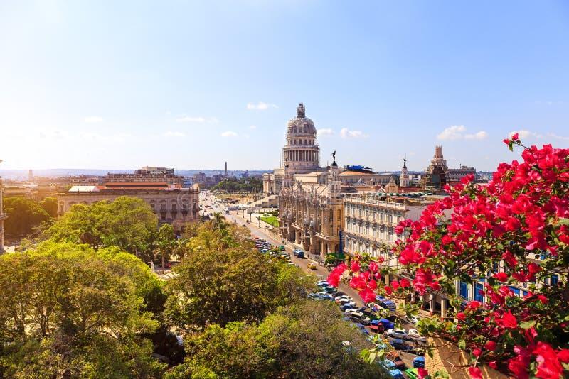 Vista al EL Capitolio foto de archivo