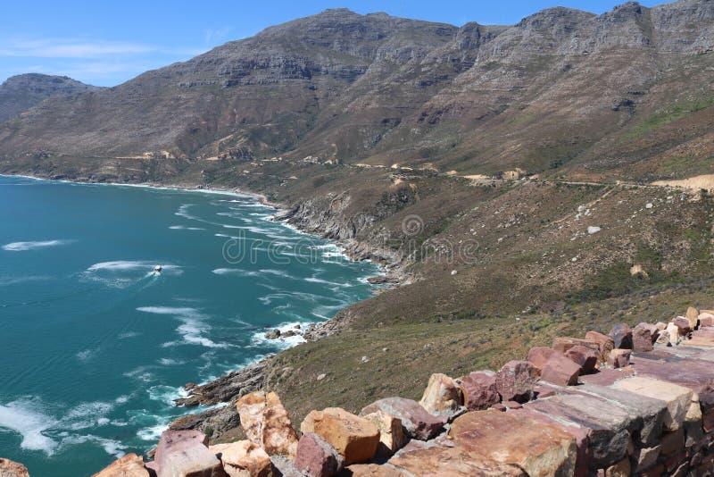 Vista al mar rocosa fotografía de archivo libre de regalías