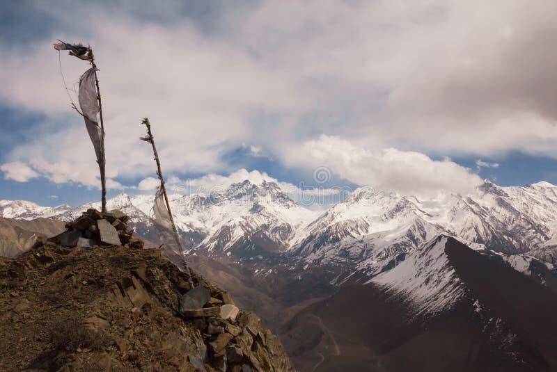 Vista al paso del La de Thorong, montañas de Himalaya, Nepal imagen de archivo libre de regalías