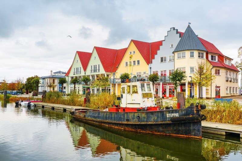 Vista al porto della città di Wolgast, Germania immagini stock libere da diritti