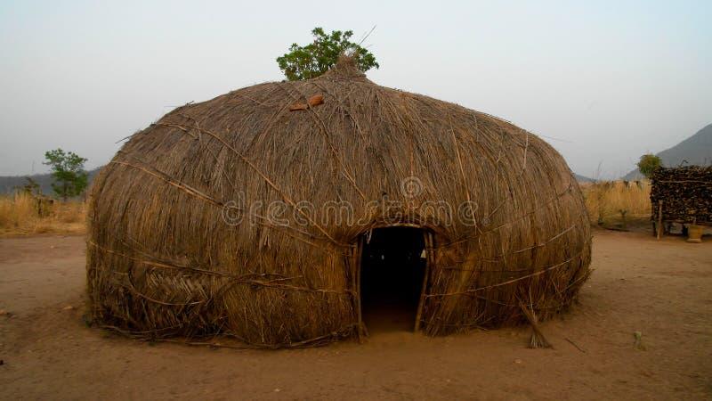 Vista al pueblo de la tribu de Wodaabe aka Mbororo, Poli, el Camerún fotos de archivo libres de regalías