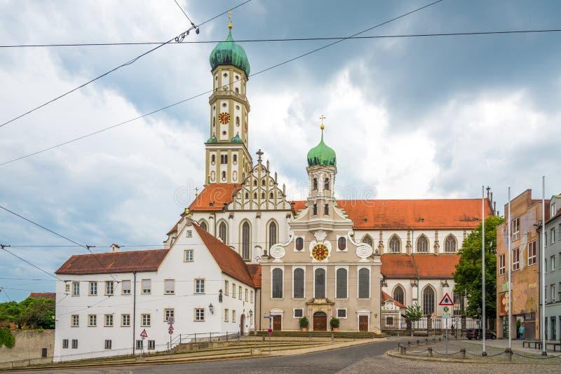 Vista alla cattedrale di StUlrich e di StAfra a Augusta, Germania fotografie stock