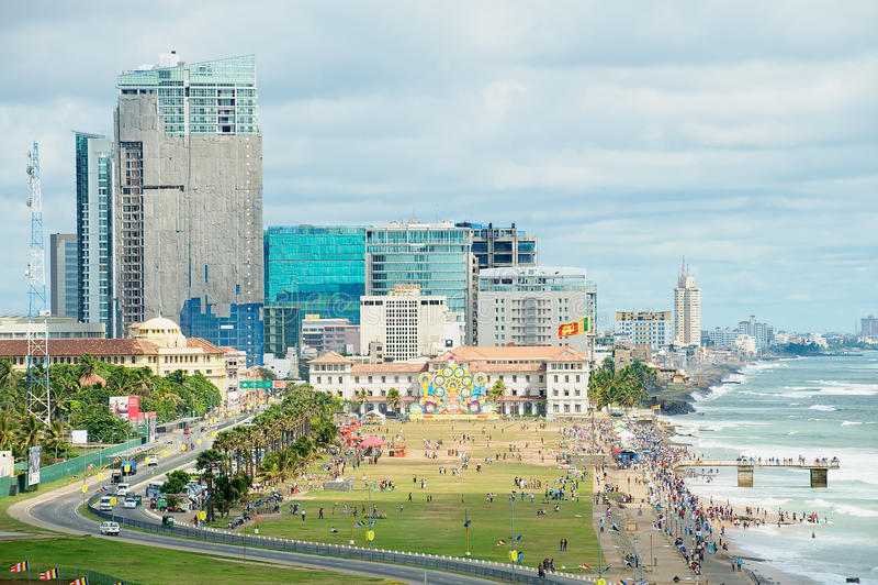 Vista alla spiaggia a Colombo del centro, Sri Lanka fotografia stock