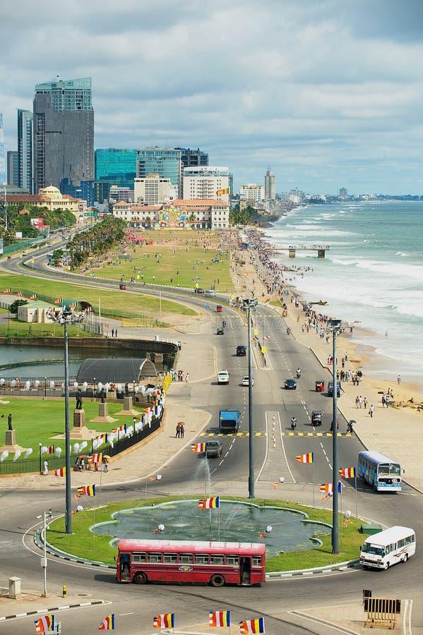 Vista alla spiaggia a Colombo del centro, Sri Lanka immagini stock libere da diritti