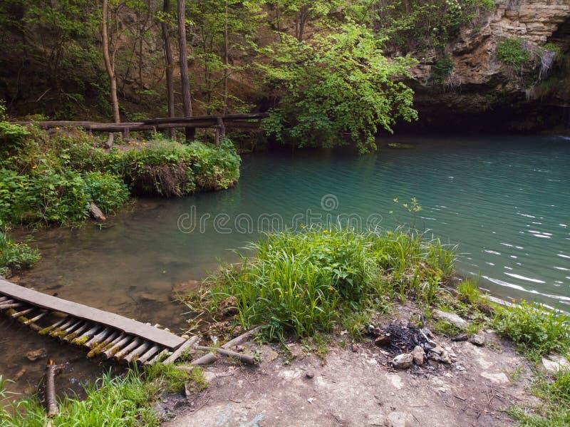 Vista amplia a?rea de la cascada del para?so en laguna azul del bosque profundo El mejor lugar Concepto del viaje del viaje, pais fotografía de archivo libre de regalías