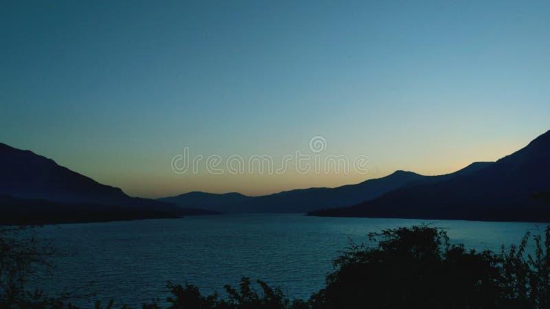 Vista antes do nascer do sol imagens de stock