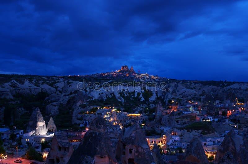 Download Vista Ao Uchisar Completamente Foto de Stock - Imagem de anatolia, dusk: 29840168