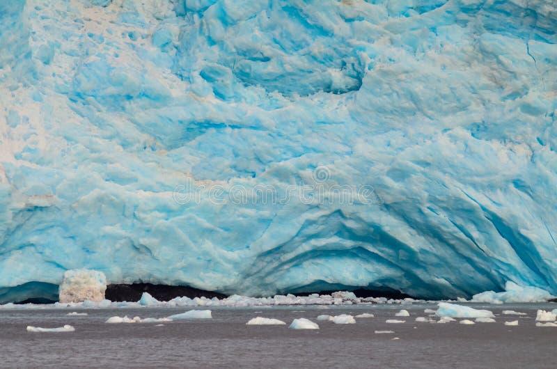 Vista aproximada de uma geleira Holgate no Parque Nacional dos fiordes do Kenai, Seward, Alaska, Estados Unidos, América do Norte imagens de stock