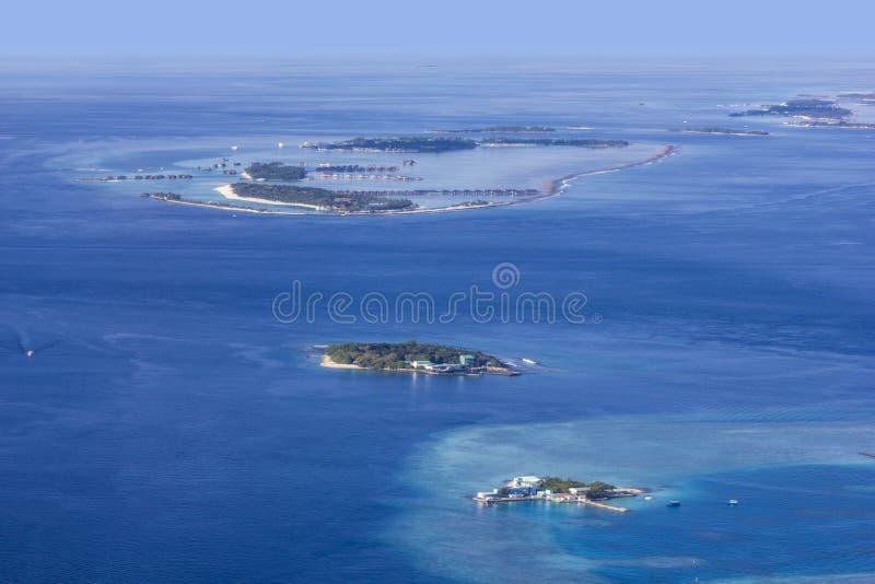 Vista areale degli atolli delle Maldive, l'Eden su terra fotografia stock