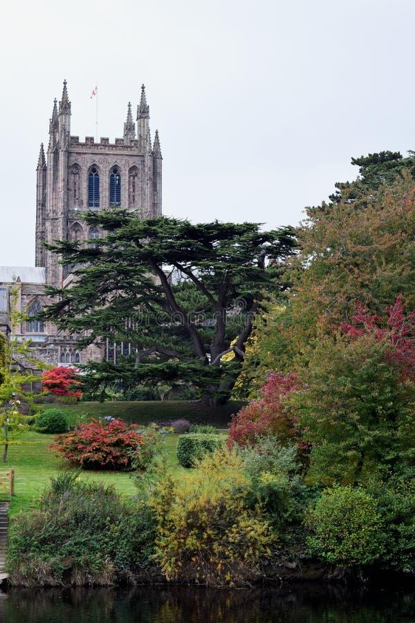 Vista autunnale della cattedrale di Hereford e dell'ipsilon del fiume, Hereford fotografia stock libera da diritti