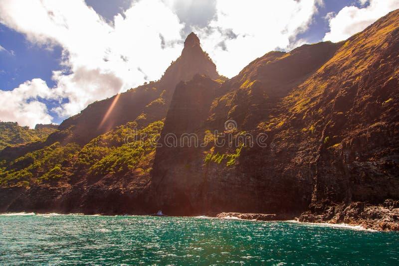 Vista bonita da costa espetacular do Na Pali foto de stock