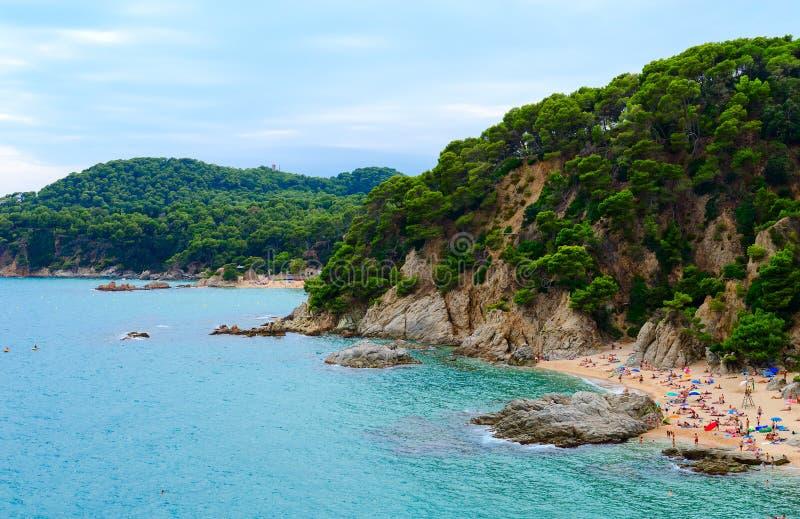 Vista bonita das praias de Sa Boadella e Santa Cristina em Lloret de Mar, Costa Brava, Espanha imagens de stock