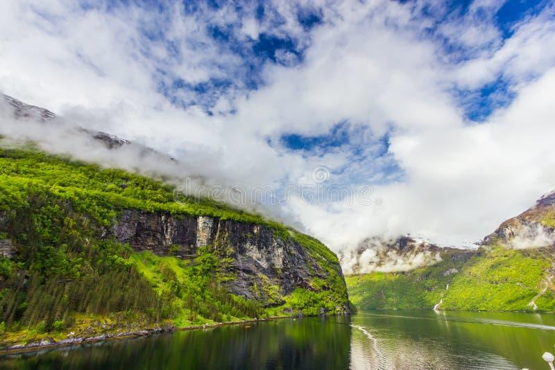 Vista bonita de Geirangerfjord, Noruega imagens de stock royalty free