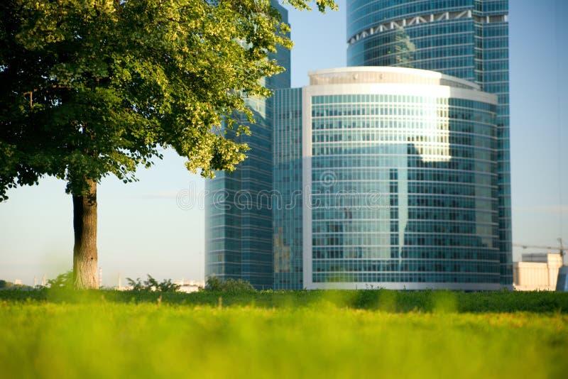 Vista bonita de um edifício moderno fotografia de stock royalty free