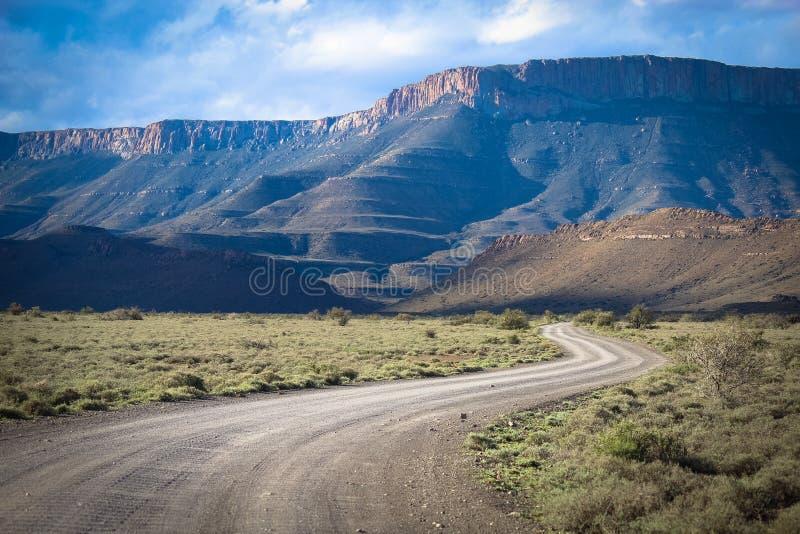 A vista bonita do parque nacional do Karoo em África do Sul fotografia de stock