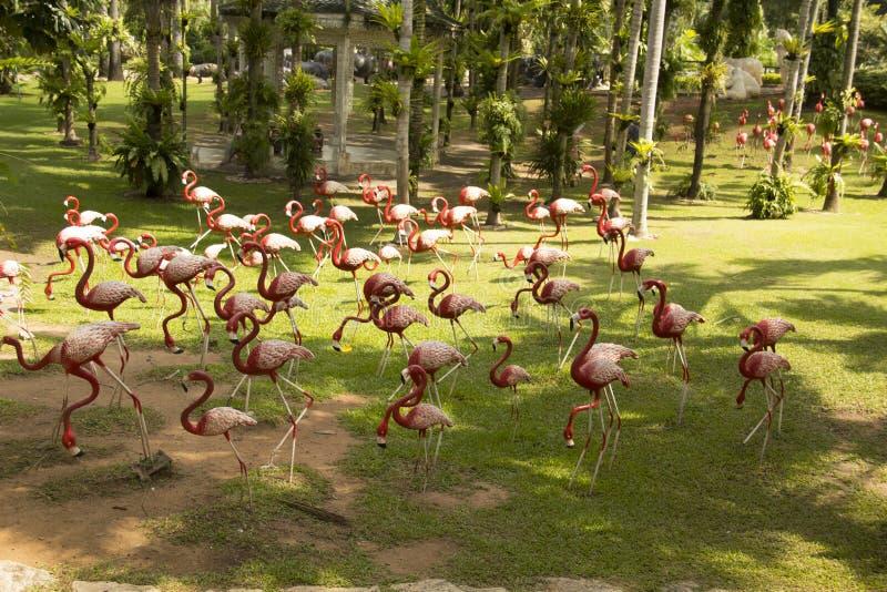 Vista bonita do parque tropical de Nong Nooch, em Pattaya, Tailândia imagens de stock royalty free