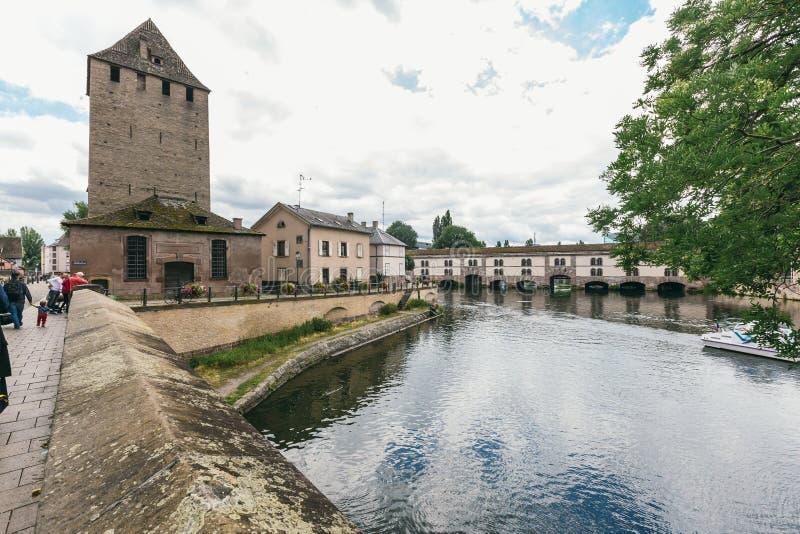 Vista bonita do rio Île em Strasbourg fotografia de stock royalty free
