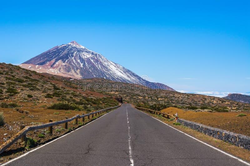 Vista bonita do vulcão famoso original Teide em um dia ensolarado, Te fotografia de stock royalty free
