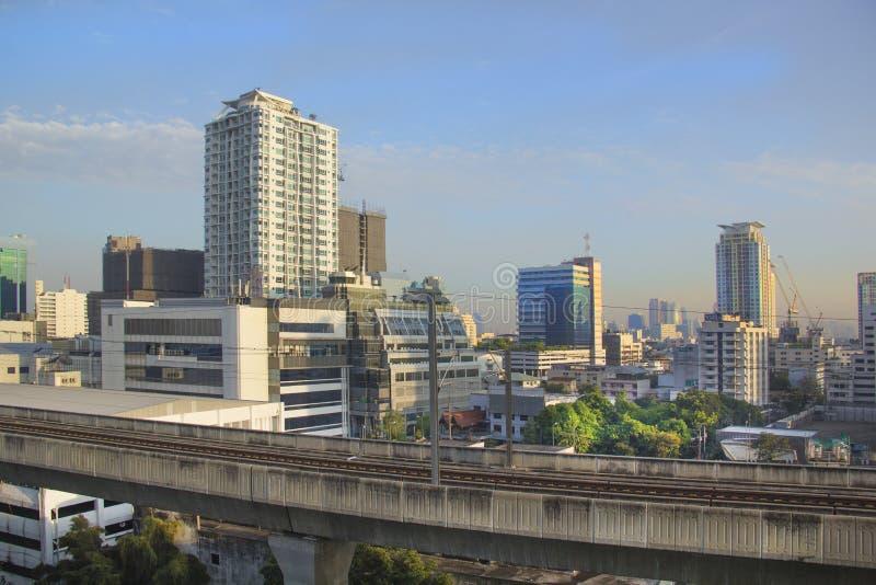 Vista bonita dos arranha-céus de Banguecoque, Tailândia fotos de stock