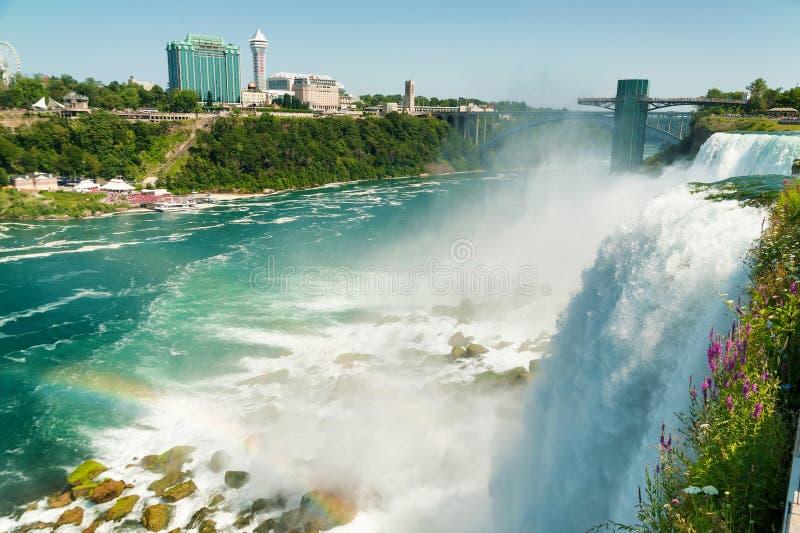 Vista bonita em Niagara Falls imagem de stock royalty free